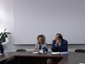 Prefectul Mirela Adomnicăi și preşedintele CJ Suceava, Gheorghe Flutur