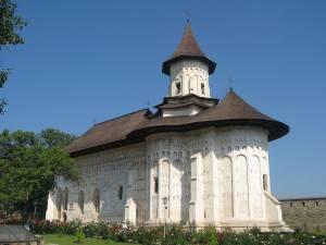 Contractul de finanțare cu 5 milioane de euro a restaurării Mănăstirii Probota a fost semnat miercuri