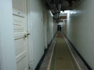 Bărbatul a ajuns în celulele de la subsolul IPJ Suceava