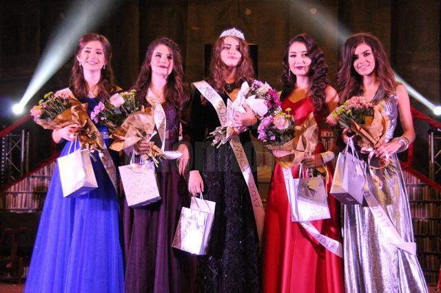 """Finalistele Miss Boboc 2017 la Colegiul Național """"Ștefan cel Mare"""" Suceava"""