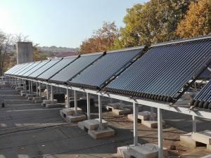 Sistem de panouri solare la Vaslui