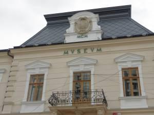 Muzeul Bucovinei itinerează expoziţia Pistoale din colecţiile Muzeului Bucovinei – în imagini