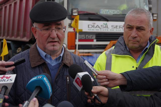 Primarul Ion Lungu și Anton Curelaru, administratorul firmei Diasil