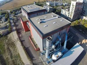 """Pentru centrala termică Bioenergy, ridicată în urmă cu patru ani, societatea a """"uitat"""" să-şi achite datoriile către constructor, cifrate în total la 4,2 milioane de lei"""