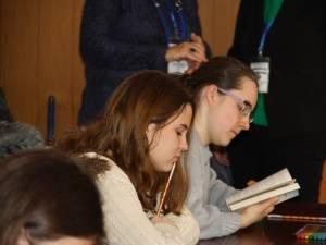 """Colegiile """"Petru Rareş"""" și """"Mihai Eminescu"""", în topul preferințelor elevilor dintr-a VIII-a"""