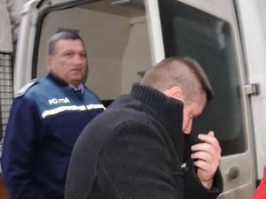 Poliţistul Florin Vasile Popescu, trimis la puşcărie pentru 6 ani şi 10 zile