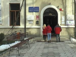 """Colegiul Național """"Eudoxiu Hurmuzachi"""""""