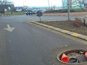 Groapă în asfalt