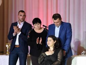 Ioana Sorina Amariței împreună cu familia