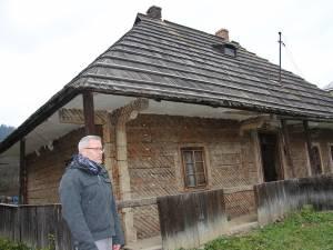 Pascal Garnier a cumpărat o casa veche pe care o va reda comunităţii locale