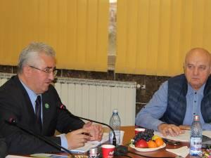 Primarul Ion Lungu l-a muștruluit pe șeful Poliției Locale, Viorel Horodenciuc, pentru hăituirea agenților economici din municipiu