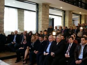 Peste 200 de social-democrați suceveni au participat la şedinţa la care a fost prezent Liviu Dragnea