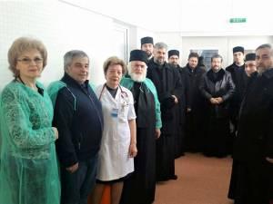 Preoţii din Protoieria Fălticeni au donat un nou aparat medical Spitalului Municipal