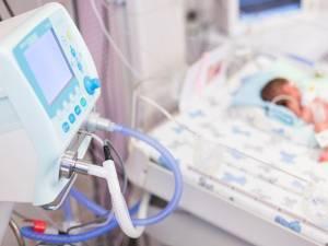 Unii dintre copiii cu rujeolă au avut nevoie de terapie intensivă. Foto: www.cugetliber.ro