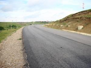 Ministrul Transporturilor dă asigurări că licitaţia pentru finalizarea centurii Sucevei va avea loc la începutul acestui an