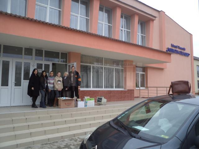 Donaţii de carte pentru elevi din Republica Moldova