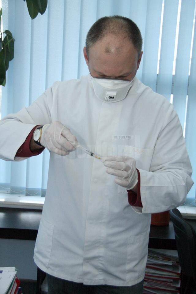 Medicii s-au izbit de refuzul unor părinți pentru vaccinarea antihepatică a copiilor