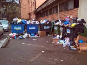 Gunoiul nu a fost ridicat la finalul săptămânii trecute din mai multe cartiere ale municipiului Suceava