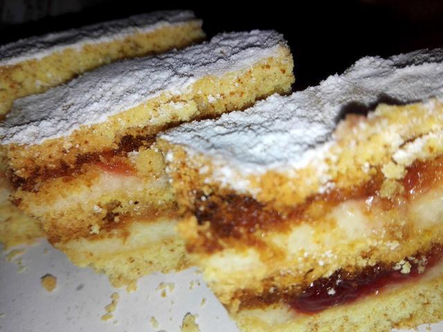 Prăjitura cu foi de turtă dulce (de post). Foto: Iuliana Tiță