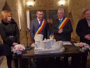 Primarii din Suceava și Soroca au semnat un acord de înfrăţire între cele două municipii