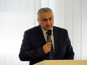 Valentin Popa vrea să schimbe formula de calcul a mediei de admitere
