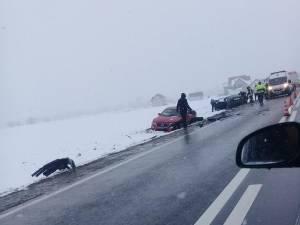 Cele două mașini implicate în accident