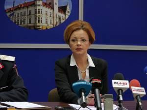 Prefectul județului Suceava, Mirela Adomnicăi