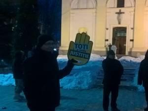 Micul protest din centrul Sucevei de susţinere a justiţiei