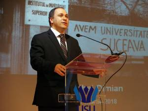 Rectorul interimar al instituţiei, prof. univ. dr. ing. Mihai Dimian