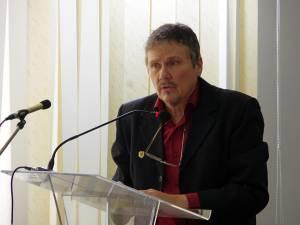 """Prof. dr. Mugur Andronic, preşedintele Societăţii Culturale """"Ştefan cel Mare"""" Bucovina"""