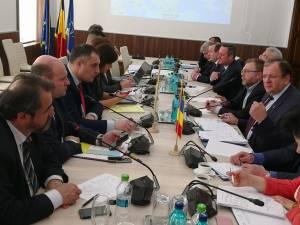Gheorghe Flutur și autorităţile din Cernăuţi și Lvov continuă ofensiva pentru construcţia drumului pe coridorul european nord-sud prin estul Carpaților