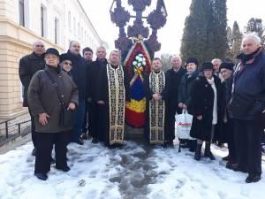 """Ziua deţinuţilor politici, marcată la Biserica """"Naşterii Maicii Domnului"""" din Suceava"""