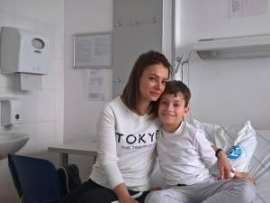 """Tatiana și Eduard Lițcan, la Centrul de Epilepsie """"Nord-Est Carpatic""""al spitalului din Suceava"""