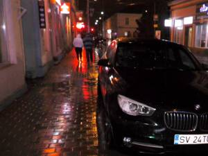 Autoturismul BMW implicat în accident