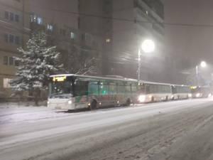 Autobuze blocate în Obcini