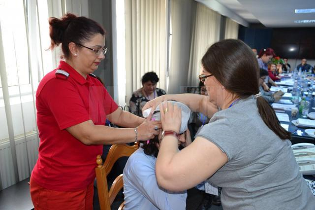 Plt. adj. șef Loredana Macovei, la cursurile de prim ajutor
