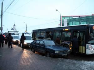 Călătoriile cu autobuzele TPL ar putea deveni mai scumpe din luna mai