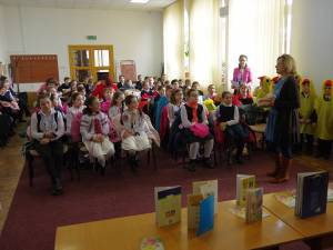"""Școala altfel"", la Biblioteca Bucovinei ""I. G. Sbiera"" Suceava"