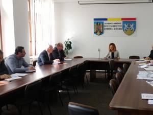 Întâlnire de lucru pentru creşterea gradului de siguranţă publică în comuna Şcheia