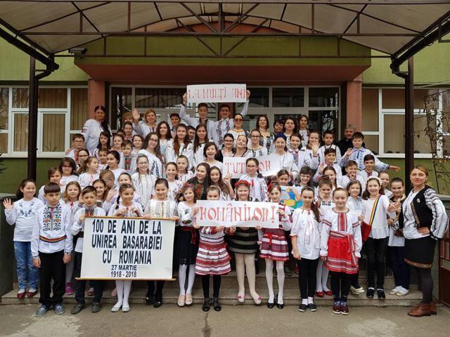 """Şcoala Gimnazială """"Miron Costin"""" Suceava a deschis marți, 27 martie, seria manifestărilor cirscumscrise Anului Centenar"""