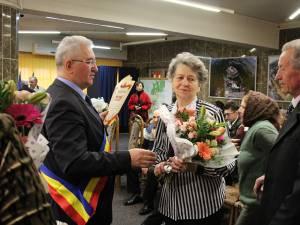 """""""Cuplurilor de Aur""""le-au fost oferite diplome de fidelitate, buchete de flori și premii bănești"""