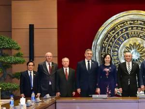 Alexandru Băişanu a făcut parte din delegaţia parlamentară din România care a avut o vizită de lucru în R.S. Vietnam
