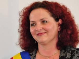 Primarul comunei Berchișești, Violeta Țăran