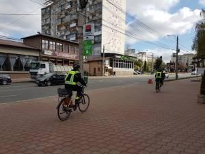 Politia Locala Suceava circula pe biciclete electrice