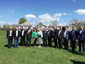 Primarul comunei Berchişeşti a participat, în comuna Mahala, la o acţiune dedicată Centenarului Marii Uniri