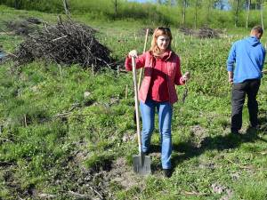 Maricela Cobuz a fost prezentă la o acţiune de împădurire în comuna Şcheia