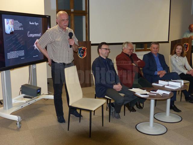 Autorul Neculai Roşca, mulţumindu-le celor implicaţi în realizarea cărţii şi celor prezenţi la lansare