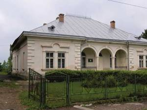 Primaria Siret vrea să depuna un proiect european pentru reabilitarea Muzeului de Istorie