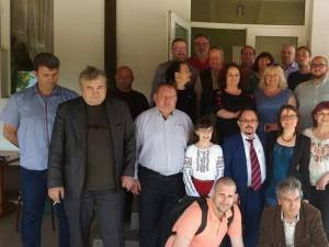 """Cenaclul transfrontalier """"Maşina cu Poeţi"""" a avut loc la Berchișești la invitaţia primarului Violeta Țăran"""