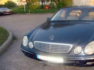 Mercedesul 220 E, căutat de autorităţile belgiene